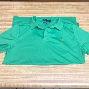Green Polo size L short sleeve